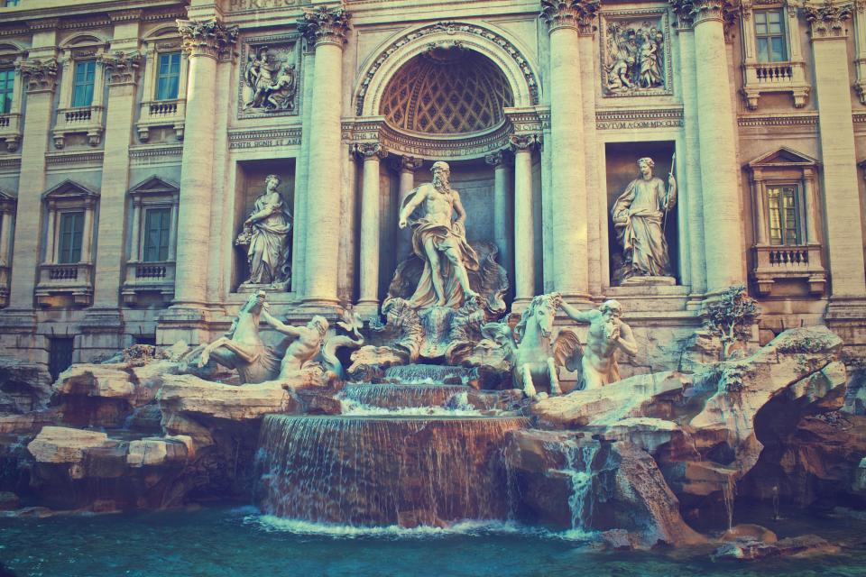 Fontana di Trevi och din vattenslang